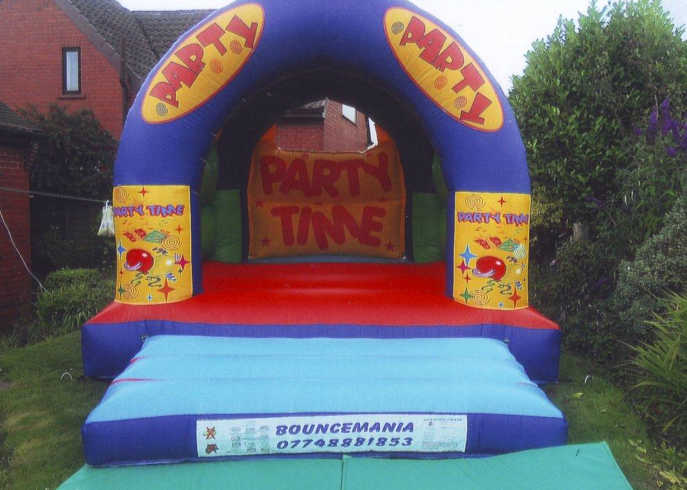 Just Bouncy Castles Wigan Bouncy Castles In Wigan